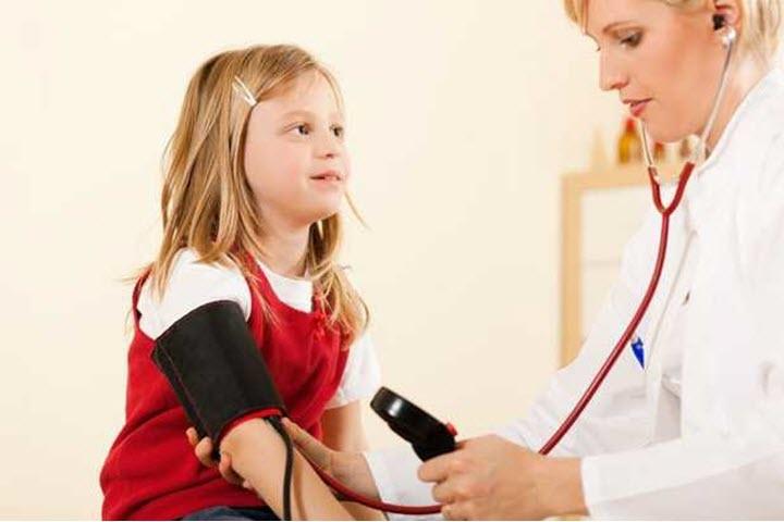 Измерение давление у ребенка