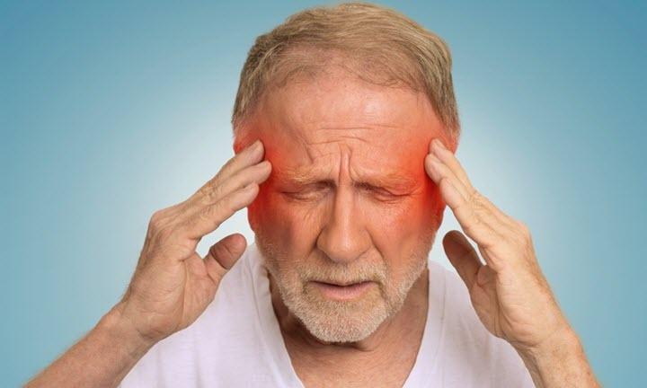 Головная боль может быть признаком ишемии