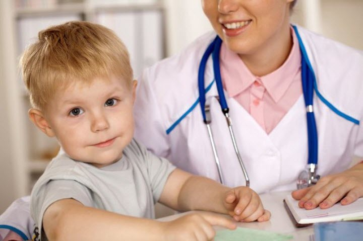 Медицинский осмотр ребенка