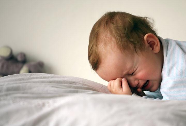 Ночной плач как один из симптомов