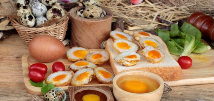 Блюда с перепелиными яйцами